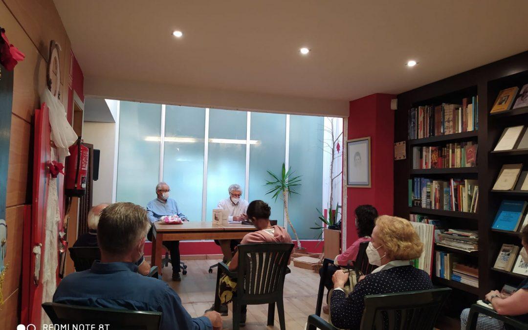 Presentaciones en días movedizos : Diario de un confinado en Olavide, en Ribadeo